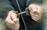 Uyuşturucu satıcılarının evinden FETÖ dokümanları çıktı