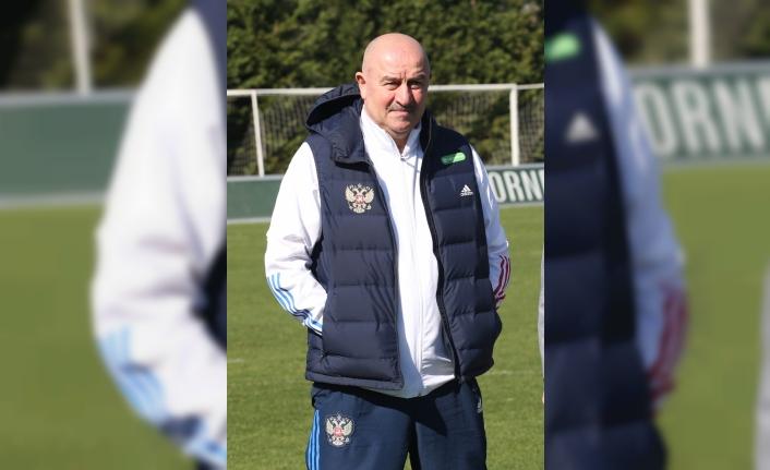 Rusya A Milli Futbol Takımı Teknik Direktörü Cherchesov'dan Antalya'daki Kovid-19 tedbirlerine övgü: