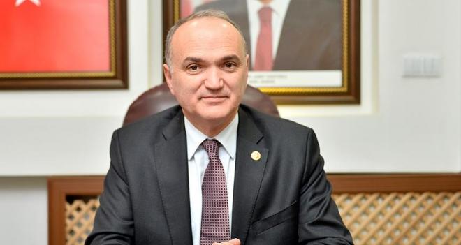 """Bakanı Özlü: """"Türkiye yeniden bir dirilişin başlangıcında"""""""