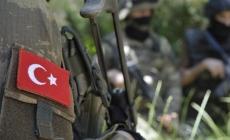Üs bölgesine yemek götüren araca saldırı: 3 asker şehit