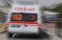 Karabük'te minibüsle otomobil çarpıştı:...