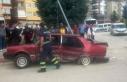 Ters yöne giren araç, otomobille çarpıştı: 5...