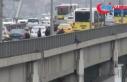 Köprüdeki intihar girişimi trafiği kilitledi