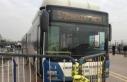 Belediye otobüsünün gazi ve avukatlara çarpması