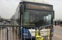 Otobüs gazi ve avukatlara çarptı: 3 yaralı