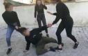 3 kız öğrenci dehşet saçtı: Dövdüler, kaydettiler...