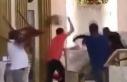 Ayin sırasında kiliseye giren soyguncuya dayak