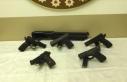 Suç örgütlerine silah ve mühimmat temin eden şebekeye...