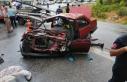Antalya'da yolcu otobüsü ile otomobil çarpıştı:...