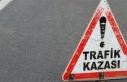 Kocaeli'de otomobil elektrik direğine çarptı:...