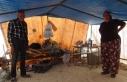 14 yıldır naylon çadırda yaşayan aile 5 çocuğunu...