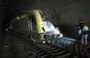 Bilecik'te kılavuz tren tünelde raydan çıktı:...