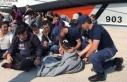 Botları batan düzensiz göçmenleri Sahil Güvenlik...