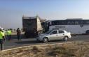 Afyonkarahisar'da yolcu otobüsü ile tır çarpıştı:...