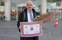 70 yaşında çocukluk hayalini gerçekleştirip avukat...