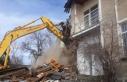 Malatya'da ağır hasarlı evler kontrollü şekilde...