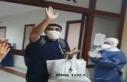 Diyarbakır'da korona virüsü yenen hasta alkışlarla...