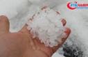 Çatalca'da dolu yağışı sürücülere zor anlar...