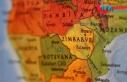 Zimbabve'de Kovid-19 yasaklarını ihlal eden...