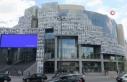 Bastille Opera Binası salgınla mücadele eden sağlıkçıların...