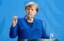 Almanya Başbakanı Merkel Kovid-19 vakalarındaki...
