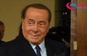 Berlusconi'nin Kovid-19 testi bir kez daha pozitif...