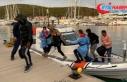 İzmir'de Türk kara sularına geri itilen 10...