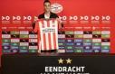 PSV, İsrailli golcü futbolcu Eran Zahavi'yi...