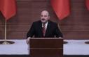 Bakan Varank: Salgın sürecinde Türkiye kendi kendine...