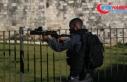 İsrail polisi Mescid-i Aksa'da Filistinlilere müdahale...