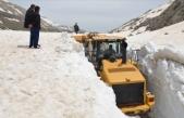Antalya'da mayıs ayında karla mücadale