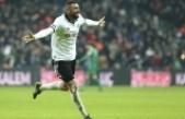 Burak Yılmaz Beşiktaş'ta ilk peşinde