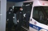 Esenyurt'ta kağıt toplayıcıların kavgası kanlı bitti: 1 ölü, 3 yaralı