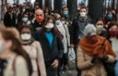Fransa'da son 24 saatte 25 bin 403 yeni vaka