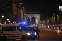 Hollande: Olayla ilgili ilk bilgiler olayın bir terörist eylem olduğuna işaret ediyor