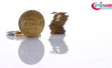 Bitcoin Bir Anda 700 Dolar Yükseldi