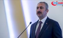 """Adalet Bakanı Gül: """"Elektronik tebligat uygulamasıyla 630 bin ton kağıt tasarrufu sağlandı"""""""