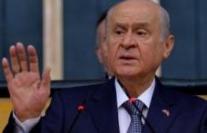 MHP Lideri Bahçeli: Kaynayan kazan kapak tutmaz, gazozuna oyun olmaz