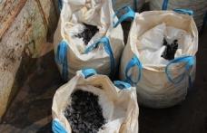 'Polis süsü' vererek 5 milyon lira değerindeki madeni çaldılar