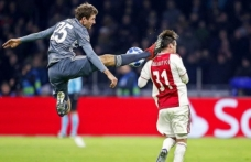Bayern Münihli Müller'den Ajaxlı Tagliafico'ya özür