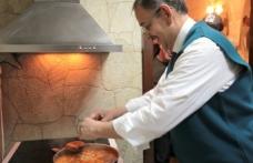 Özhaseki'den esnafa soğanlı menemen