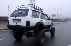 1996 model aracını off-road cipine çevirdi, görenler şaşkına döndü