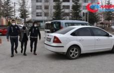 Çiğ köftenin 'acılı' olduğu gerekçesiyle çalışanı darbeden şüpheli ve iş yerine saldıran kardeşi tutuklandı