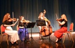 Akademisyen müzisyenler, İsviçre'de konser...