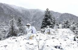 Mehmetçik zorlu kış şartlarında Teröristle Mücadele...