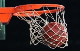 NBA'de Golden State Warriors, sezona 4'te 4 ile başladı