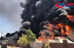 Gaziantep'te depoda çıkan yangına müdahale...