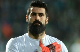 Azeri Ekibi Qarabag Agdam, Volkan Demirel'e Sözleşme...