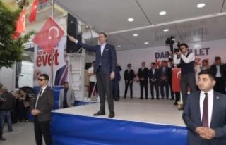 Bakan Çelik'ten CHP'ye Marslı eleştiri
