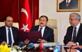 Bakan Eroğlu: Spil Dağı'nda 1 hafta kalan...